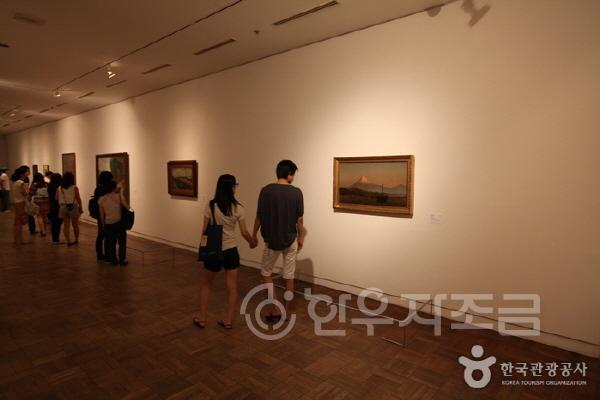 크기변환_국립현대미술관 덕수궁 전시장ⓒ한국관광공사.jpg