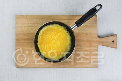 히한우 장조림 버터 덮밥02.jpg